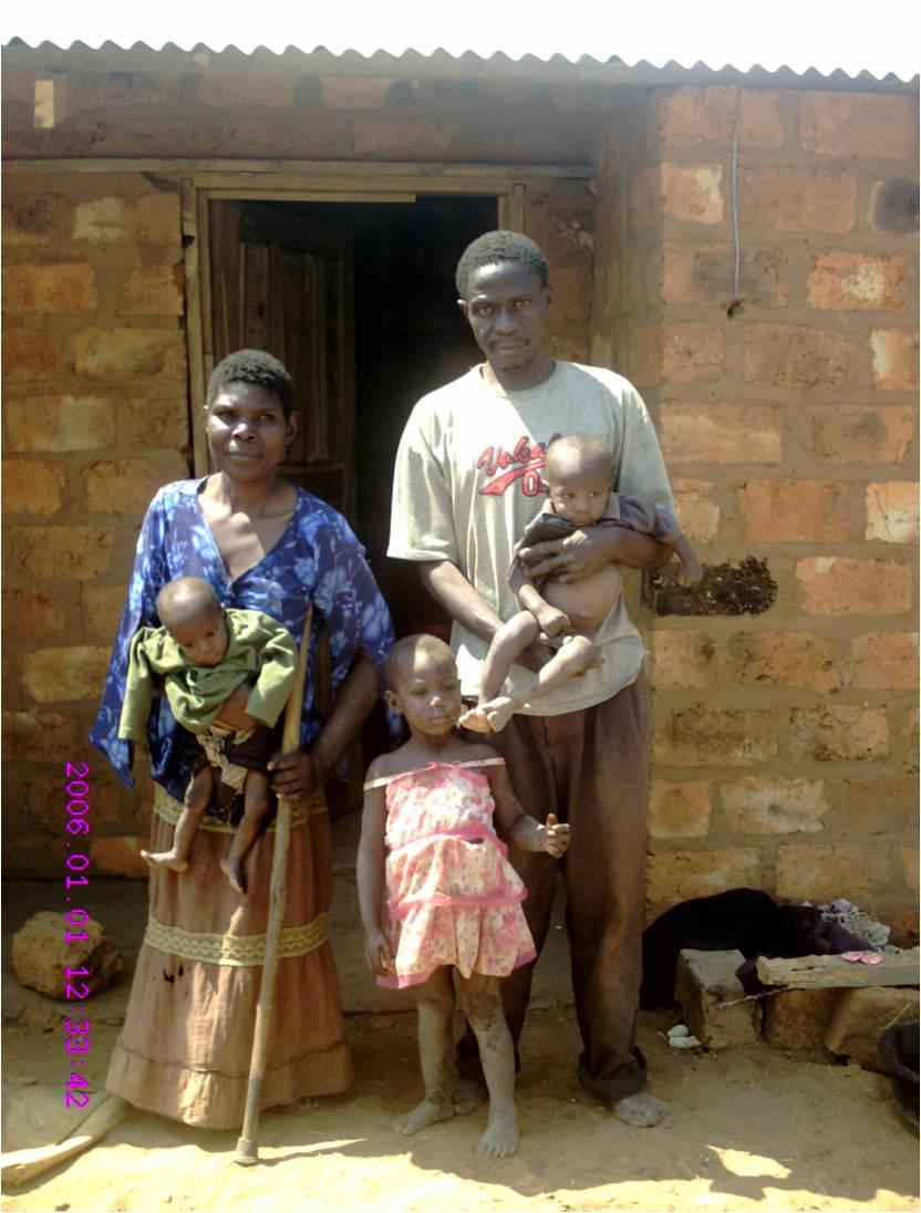 v.l.n.r.: Ireen, Tochter Mary, Ehemann und Zwillinge